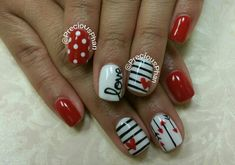 Use the light shade all around the nails and let it dry. French Manicure nails might be come of the most fundamental, but they're still among the most stunning. This valentines day acrylic nails will be quite hard to paint… Continue Reading → Nail Art Saint-valentin, Heart Nail Art, Heart Nails, Fancy Nails, Love Nails, Trendy Nails, Diy Nails, Sparkle Nails, Valentine's Day Nail Designs
