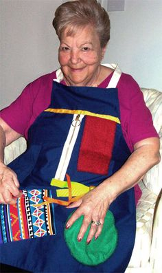 Activity Apron For Alzheimer's Patients. Great idea for elderly disabled person. Caregiver tips Nursing Home Activities, Elderly Activities, Senior Activities, Work Activities, Alzheimer Care, Dementia Care, Alzheimer's And Dementia, Alzheimers Activities, Alzheimers Awareness
