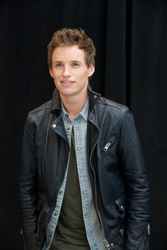 43 Times Eddie Redmayne Was Really, Ridiculously Good-Looking