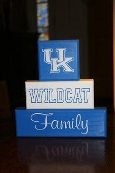 UK Wildcats Kentucky Family shelf sitter Blocks