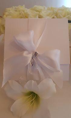 Wedding Invitations, Tableware, Background Images, Dinnerware, Tablewares, Wedding Invitation Cards, Dishes, Place Settings, Wedding Invitation