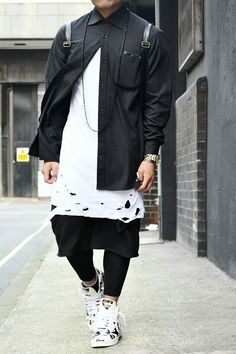 Follow guccim0ney.tumblr.com for more dope fashion