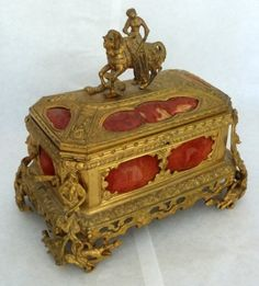 Louis XV Style Porcelain and Gilt Bronze Jewelry Casket : Lot 2211