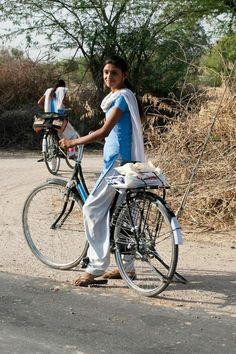 Pedal power: how bicycles are changing what it means to be a girl in India Cute Little Girl Dresses, Cute Girl Pic, Stylish Girls Photos, Stylish Girl Pic, Beautiful Girl Photo, Beautiful Girl Indian, Desi Girl Selfie, Dehati Girl Photo, Indian Girl Bikini