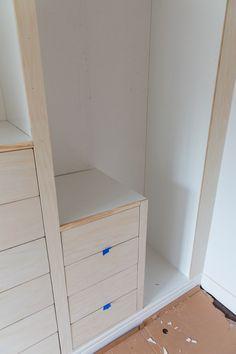IKEA PAX hack: Hands down the most stunning walk-in closet - Zimmereinrichtung Walk In Closet Ikea, Ikea Closet Hack, Closet Hacks, Build A Closet, Closet Organization, Master Closet, Alcove Wardrobe, Bedroom Built In Wardrobe, Wardrobe Storage
