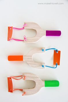 Toy Sling Shots...great for indoor fun! | via Make It and Love It