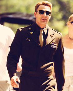 Chris Evans in his uniform... I cant even handle it.