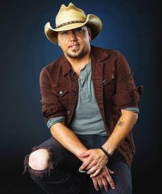 Jason Aldean fills Us in on 25 Things you might not have known about him. (via www.usmagazine.com)