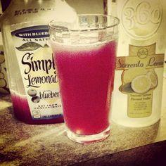 This looks tasty! 360 Serrento Lemon vodka with blueberry lemonade #360Vodka