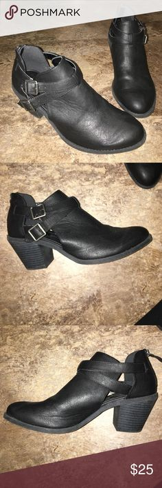 Madden Girl Booties Never worn in almost perfect condition Madden Girl Shoes Ankle Boots & Booties