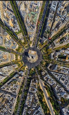 11 bird's-eye views of the world that will leave you speechless. This is a topographical view of the L'Arc de Triomphe in Paris, France. Stunning view that only a few ever get to see.
