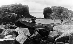Tour Scotland Photographs: Old Photograph The Grind Of The Navir Shetland Scotland
