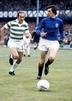 Rangers 1 Celtic 2 in Sept 1973 at Ibrox. Tom Forsyth has Harry Hood for company in the Scottish League Cup, group section, tie. Rangers Football, Rangers Fc, Orange Order, Old Firm, Football Pictures, Football Players, Glasgow, Celtic, Champion