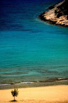 Uniqueness, Iraklia island, Cyclades, Greece. - Selected by www.oiamansion.com