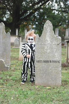 Cute diy beetlejuice costume for a toddler beetlejuice costume diy beetlejuice costume beetlejuice costume for toddler beetlejuice diy halloween costume black solutioingenieria Gallery