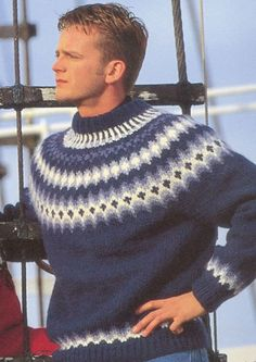 opskrifter på islandske sweatre - Google-søgning Icelandic Sweaters, Wool Sweaters, Fair Isle Pullover, Sweater Cardigan, Men Sweater, Hair And Beard Styles, Pulls, Knitwear, Knitting Patterns