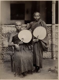 An poster sized print, approx (other products available) - Buddhist priests, Ceylon (Sri Lanka), circa Date: circa - Image supplied by Mary Evans Prints Online - Poster printed in the USA Rare Historical Photos, Rare Photos, History Of Sri Lanka, Ceylon Sri Lanka, Anthropologie, Park Photography, Asian History, Old Pictures, Priest
