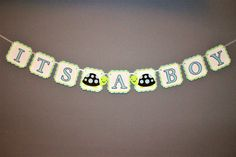 This Turtle theme banner is the perfect addition to your next event or photo shoot  Each pennant on the banner is approximately 4.5 square and is made of layers of high quality, acid free cardstock. Banner is hung using white satin ribbon.  If you would like animals other than those shown above please let me know which you would like from the 4th photo, you may select up to 4. If selecting an option that includes a name, please ensure you leave the required name in the notes to seller at…