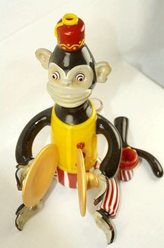 Joe Peters - Toy Monkey with glass bowl and dab tail My girl needs this rig to go with her monkey pip