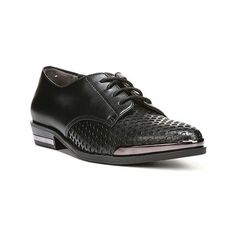 Women's Fergie Footwear Invert Oxford - Black Leather Casual (2.005.385 VND) ❤ liked on Polyvore featuring shoes, oxfords, black, casual, casual shoes, lace up shoes, leather oxfords, metallic oxford shoes, metallic shoes and oxford shoes