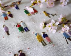 Personnages brodées / Embroidered characters (c) Yumiko Higuchi