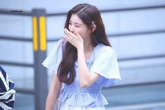 wang yireon pics (@yireonarchive) | Twitter Rapper, Fandom, Nayeon, New Girl, Kpop Girls, Ulzzang, White Dress, Bright, Wedding Dresses