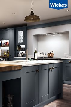 Milton Midnight, as seen as part of the Wickes Homes on 4 Sponsorship. A DREAM KITCHEN FOR ENTERTAINING. The deep charcoal kitchen from Wickes is the ideal backdrop for entertaining in style. Kitchen Diner Extension, Open Plan Kitchen, Kitchen Living, New Kitchen, Kitchen Interior, Kitchen Decor, Design Kitchen, Charcoal Kitchen, Kitchen Cupboard Doors