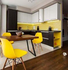 Жёлтый - тёплый, яркий и жизнерадостный цвет. Он напоминает нам о солнце, о тепле и лете. Этот цвет поднимает настроение и улучает аппетит, поэтому если вы решили оформить маленькую кухню в жёлтом