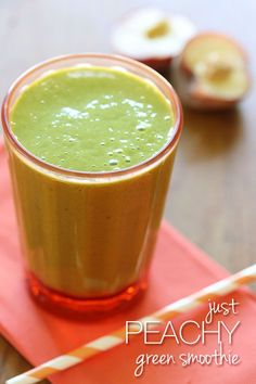 healthy vegetable smoothie recipes Just Peachy Green Smoothie - delicious liquid breakfast made with juicy summer peaches, hemp seeds, almond milk and baby spinach. #summer #breakfast #50shadesgreensmoothie