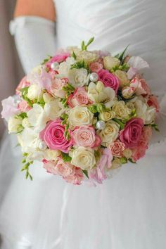 Send flowers to Lafayette LA with Spedales - a top local florist Summer Wedding Bouquets, Diy Wedding Flowers, Bride Bouquets, Bridesmaid Bouquet, Floral Bouquets, Simple Weddings, Romantic Weddings, Wedding Arrangements, Floral Arrangements