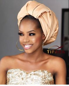 Beauty is power; a smile is it's sword🗡️ Hair Wrap Scarf, Hair Scarfs, Makeup For Black Skin, Mode Turban, Wedding Guest Looks, Church Fashion, African Beauty, Scarf Hairstyles, About Hair
