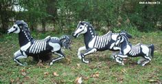 Upcycled plastic horses!  Need to do this w/ one of those old bouncy horses!!!! got. to. find. one!