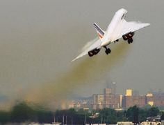 Concorde leaves JFK Airport, New York for Paris on its last commercial flight, May Getty Images/AFP Sud Aviation, Civil Aviation, Commercial Plane, Commercial Aircraft, Concorde, A380 Aircraft, Tupolev Tu 144, Toulouse, Rolls Royce