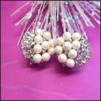 Lisner Jewelry Vintage Pearl Earrings 1950s Elegant Berries w Leaves $55