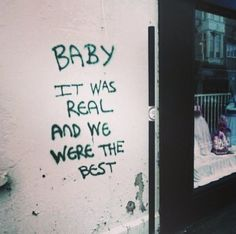 The 14 Times Graffiti Showed Us What Love Looks Like - More about art about life quotes classroom quotes decals quotes decals kitchen quotes decals office The Words, Pretty Words, Beautiful Words, Beautiful Pictures, Mood Quotes, Life Quotes, Quotes Quotes, Positive Quotes, Qoutes