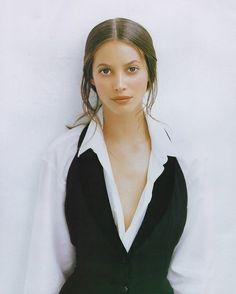 Christy Turlington shot by Patrick Demarchelier, 1993