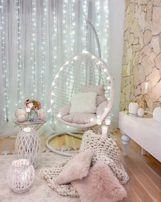 Check this 8 cheap things to maximize your small bedroom Cute Bedroom Decor, Bedroom Decor For Teen Girls, Cute Bedroom Ideas, Room Design Bedroom, Girl Bedroom Designs, Teen Room Decor, Stylish Bedroom, Room Ideas Bedroom, Bedroom Ideas For Teens