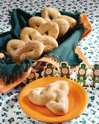 Trinity Knot Rolls Ireland's culinary growth implies that talented cooks across the country are producing Scottish Recipes, Irish Recipes, Tostadas, Wicca Recipes, Bolacha Cookies, Surimi Recipes, Achiote, Mackerel Recipes, St Patricks Day Food