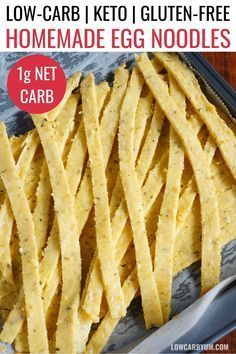 A keto egg noodles recipe is a blend of eggs and cheese. These low carb noodles are great served with sauce. A keto egg noodles recipe is a blend of eggs and cheese. These low carb noodles are great served with sauce. Keto Foods, Ketogenic Recipes, Keto Recipes, Clean Recipes, Healthy Recipes, Keto Carbs, Vegetarian Recipes, Shake Recipes, Keto Desserts