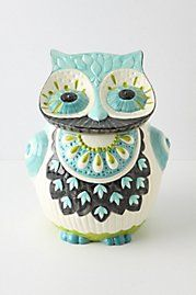 obsessed with this owl cookie jar from anthropologie.
