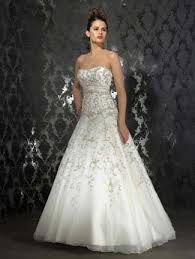 Resultado de imagem para modelos de vestido de noiva