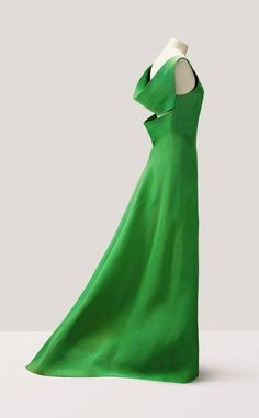 #perfection from #PierreCardin 1962 http://www.telegraph.co.uk/luxury/womens-style/76951/didier-ludot-vintage-couture-sale-at-sothebys.html