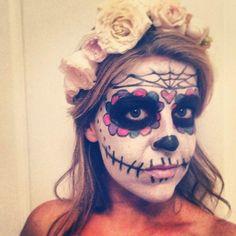 30 Easy Halloween Makeup Ideas - Sugar skull makeup + flower crown, Dia de los Muertos (Day of the Dead)