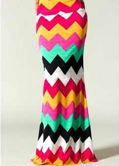 love this modest, pink color block chevron print maxi skirt. Chevron print is very popular! Chevron Maxi Skirts, Printed Maxi Skirts, Midi Skirts, Long Skirts, Look Fashion, Fashion Beauty, Fashion Outfits, Modest Fashion, Skirt Fashion