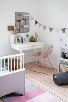 Nice for the beginning of school Kids Interior, Childrens Room Decor, Unique Recipes, Ikea Hack, Office Desk, Kids Room, New Homes, House, Furniture