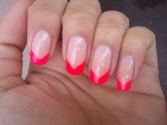 Fun Pink Tips for Friday! #pinkfrench #frenchmani #ilovefriday #nailsoftheday #notd #pinknails #ilovepink
