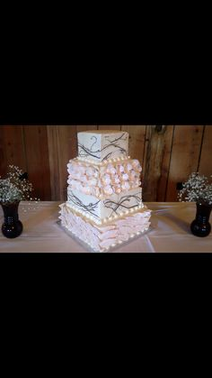 Wedding Cake Done By Mell From Cosentinos Price Chopper