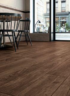 Piso de ceramico simil madera, me gusta el color Wood Effect Floor Tiles, Hotel Room Design, Lightning Mcqueen, Small Room Bedroom, Disney Cars, Floor Design, Wooden Flooring, My Dream Home, My House