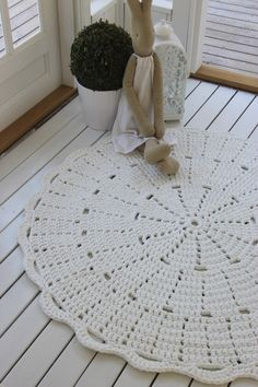 Virkattu matto ja Maileg pupu