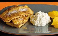Köyhät ritarit raejuuston kera / Frenct toast with cottage cheese